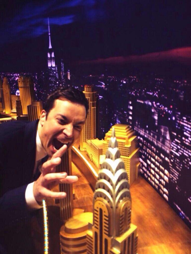 Jimmy goes King Kong on his set