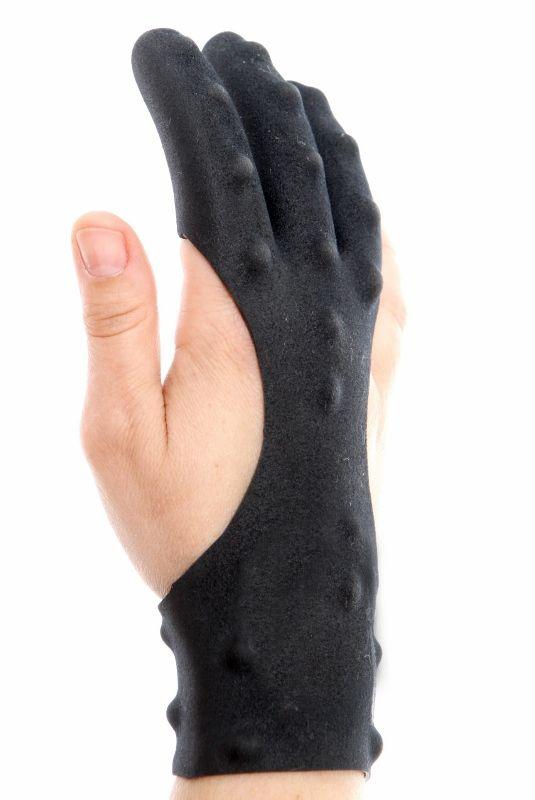 Dark Archer Tactical Archery Glove finger view