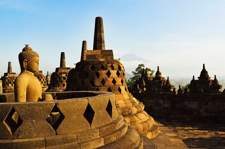600-07656458© Jochen SchlenkerModel Release: NoProperty Release: NoBorobodur with Mount Merapi in the distance, Kedu Plain, Java, Indonesia