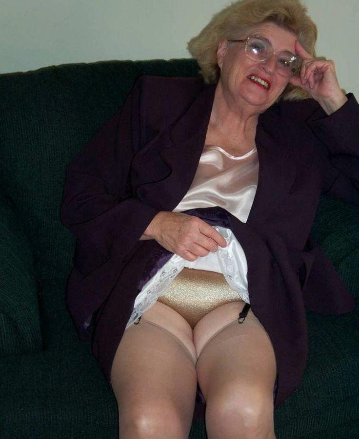 Busty Grandmas In Girdles 120
