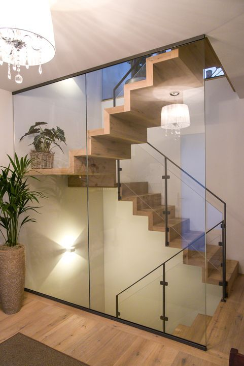 Treppen aus Parkett ist unsere Stärke. Ob eine gerade oder gewendelte Treppe, s