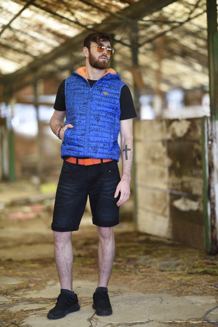 Splendid SS 2018 collection men's vest and denim bermuda shorts.