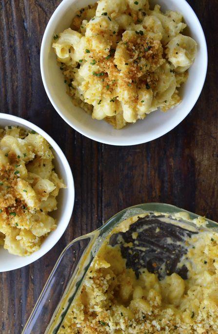 Roasted Garlic Macaroni and Cheese