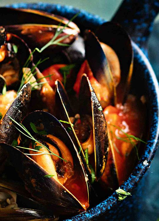 How to make Mussels in Tomato & Chilli Broth