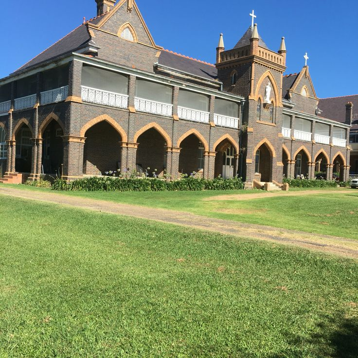 The Convent Glen Innes Australia, parking out the back, ba kings by appointment  0417222777