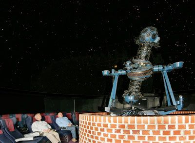Hampshire Astronomical Group - Hampshire Astronomy at Clanfield Observatory