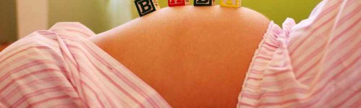 Intre prima si a treia luna de sarcina corpul dumneavoastra incepe sa se schimbe, iar pentru a va simti mai confortabil trebuie sa va adaptati garderoba, astfel incat sa nu va stranga si sa nu va jeneze. Iata care sunt sfaturile noaste atunci cand vine vorba de haine gravide pentru primul trimestru de sarcina.
