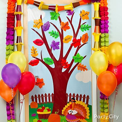 Sweet idea for decorating the class door for fall and for Autumn classroom decoration