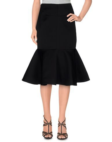 CAMEO 3/4 length skirt. #cameo #cloth #skirt
