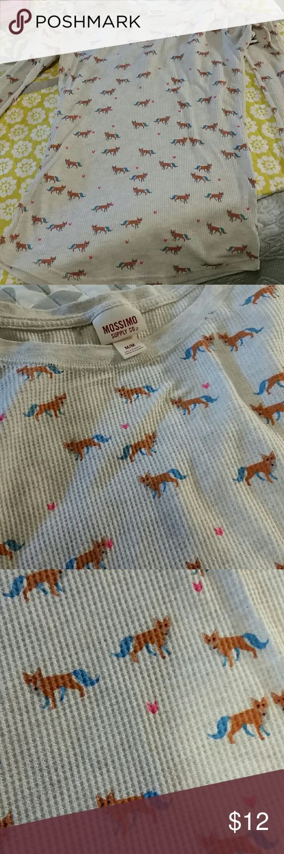 Mossimo fox print thermal top Bought from another posher on here but it doesn't fit me. Super cute, soft thermal long sleeve with adorable fox print and little pink hearts. No stains, holes, or tears. Great condition! Open to offers, measurements in pics Mossimo Supply Co. Tops Tees - Long Sleeve