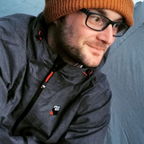 Neil from backpacksandbunkbeds.co.uk is keeping the campsite chill out wearing the Sprayway Crag Jacket.