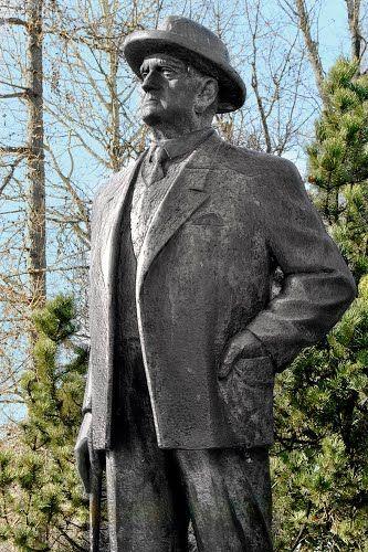 Järvenpää, Jean SIBELIUS, 1865 - 1957, Finnish national composer (Finlandia)