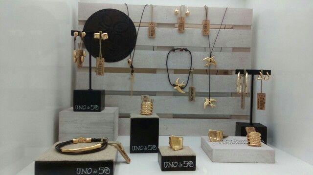 ¡Colección exclusiva en color oro!