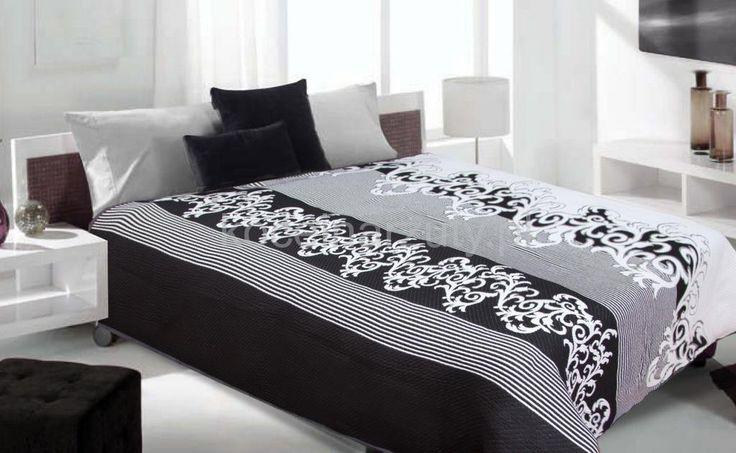 Dwustronne koce i narzuty w kolorze biało czarnym