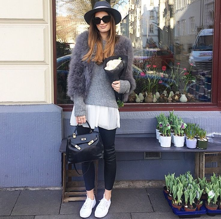 Lena Terlutter - Instagram Inspiration #outfit #fashion #flowers #flowerlover #fashionlover #mystyle