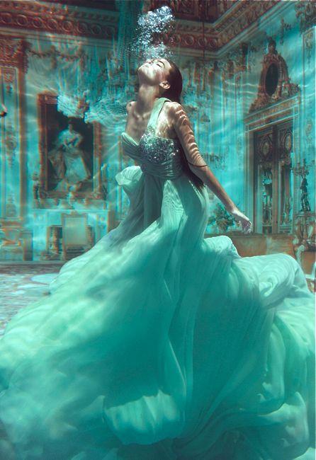 Valentina Lobeira by Jvdas Berra