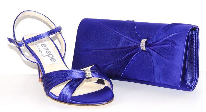 Zapatos enepe modelo Tea con bolso Eros: http://www.enepe.com/tea.html http://www.enepe.com/eros.html
