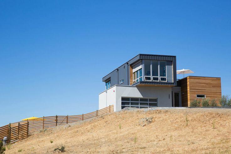 Cloverdale-prefab-home-design-by-Chris-Pardo-Design
