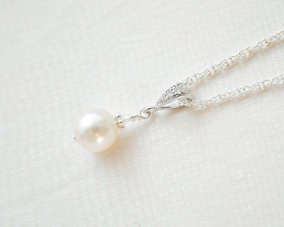 Hey, diesen tollen Etsy-Artikel fand ich bei https://www.etsy.com/de/listing/216586520/hochzeits-anhanger-halskette-perle