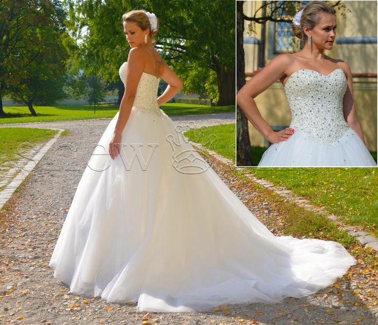 Luxus Brautkleid Hochzeitskleid Strass Schleppe