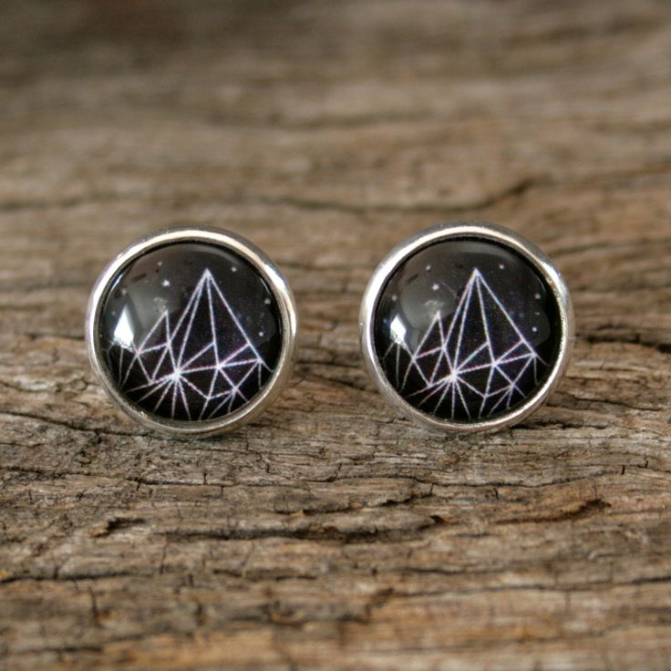 These lovely Starry studs by Nest of Pambula, are now available at Ari Liv jewellery online, jewelry, earrings.