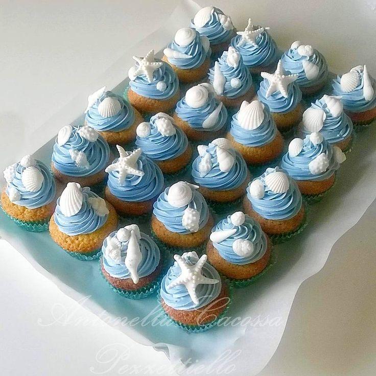 """""""Mi piace"""": 40, commenti: 3 - dolcipassioni (@30dolcipassioni) su Instagram: """"Sea cupcakes conchiglie #sea #seacupcakes #cupcakes  Iscriviti al mio canale YouTube 👉…"""""""