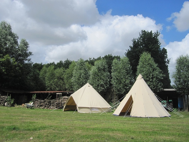 Tipi / Teepee 500 by CanvasCamp.com, via Flickr