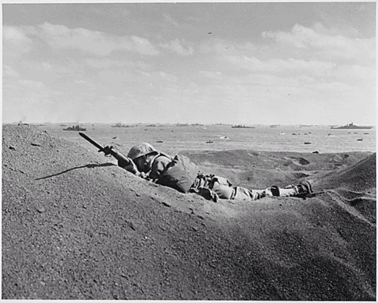 #FlashbackFriday ...... A USMC Marine of the 4th Marine Division killed by Japanese sniper fire lays with his bayonet fixed in the sands of Iwo Jima, February 2nd, 1945.