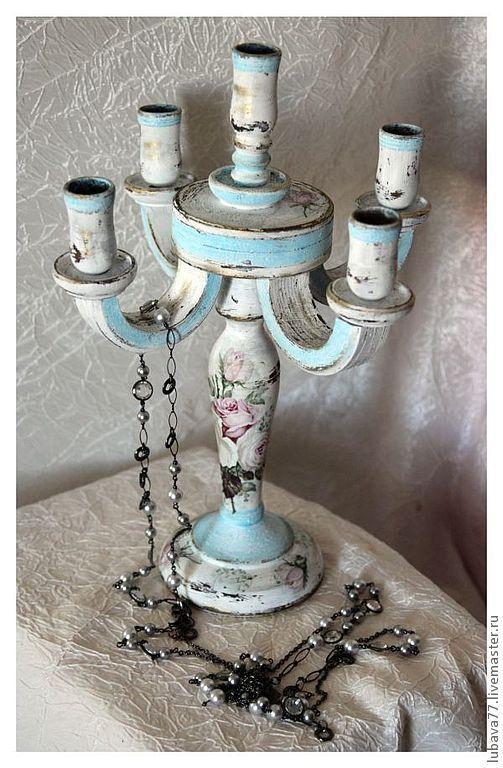 Купить или заказать Канделябр ' Нежный' в интернет-магазине на Ярмарке Мастеров. Канделябр в стиле Шебби-Шик, подойдет для нежного ,светлого интерьера, с розочками в нежно-голубых потертостях, состарен. Натуральное дерево, массив липы. Канделябр на 5 свечей, сделает ваш дом уютным и сказочно-романтиче…