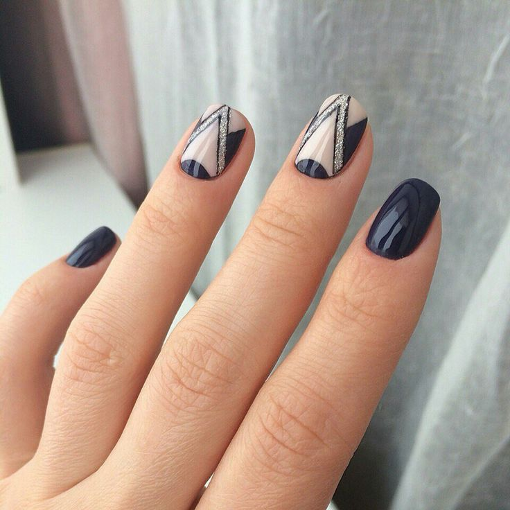Best 25 geometric nail art ideas on pinterest nail tutorials art decogeometric prinsesfo Choice Image
