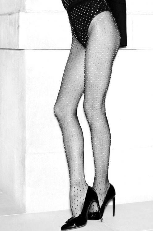 Pantyhose with crystal adornment