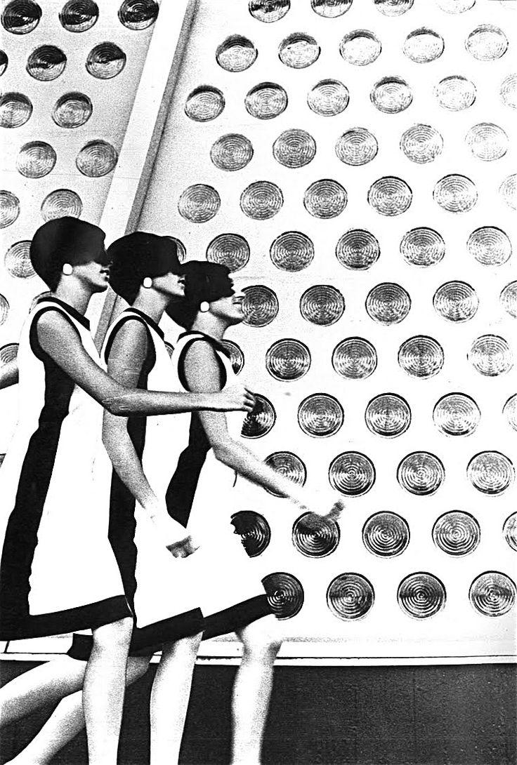 hollyhocksandtulips: Vogue, 1966 Photo by Helmut Newton
