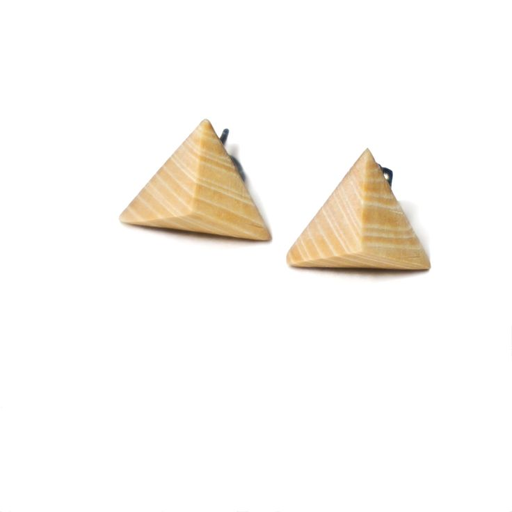 triangles studs