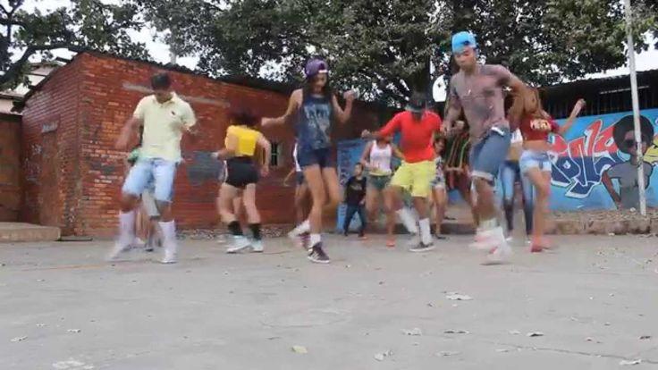 Coreografia - De Ladin - Dream Team (Turma Do Passinho\Bonde Xeyd Manha)...