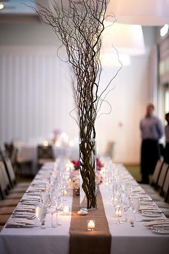 beautiful burlap table!