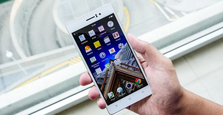 #gadget #mentions #reviews on Oppo R5 heading the race of Slimmest Phones. Read full review at http://gadgetmentions.com/oppo-r5-heading-the-race-of-slimmest-phones/