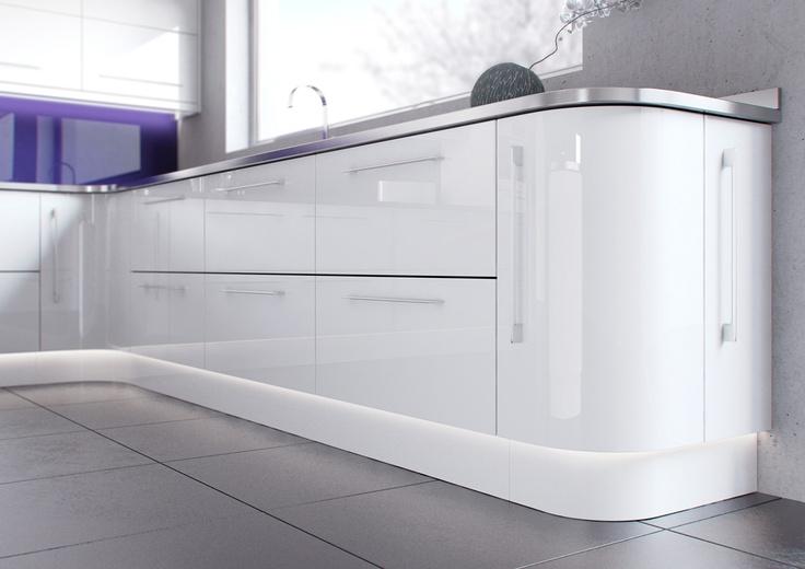 Hi White gloss kitchen