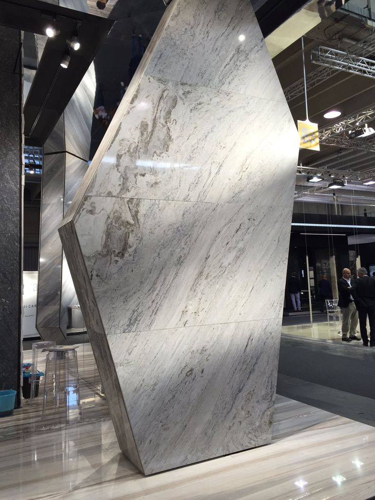 "NINA on Twitter: ""Marble Slabwork Verona Italy @veronafiereinternational  @marmomacc @moscone_marble #slabs #marble https://t.co/sZ7rOsQvph"""
