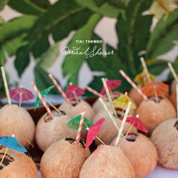 Festa havaiana - drink no coco