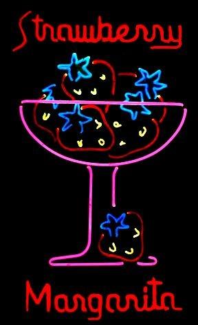 neon On a fait une vidéo qui présente l'équipe, regardez :) http://studiocigale.fr/films/?catid=1&slg=2