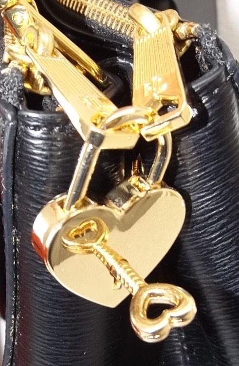 High End Handbag Bag Replacement Lock & Key Heart Charm Gold Toned Mk - Rl