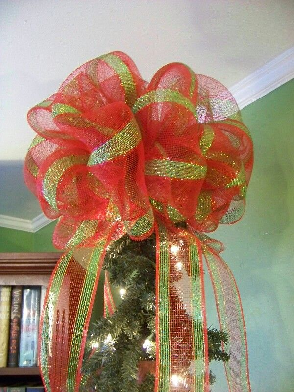 Mesh bow for top of Christmas tree