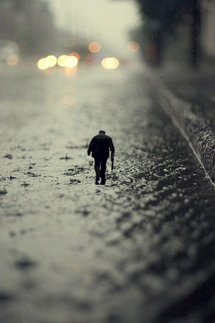 tilt shift: man in rain