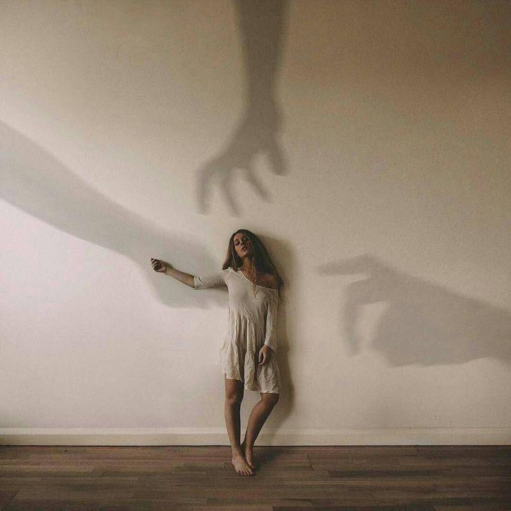 Να επιλέξεις στη ζωή σου να συμπορεύεσαι με….. Ανθρώπους που επιμένουν να βλέπουν το καλό στους άλλους και δεν είναι καχύποπτοι. Ανθρώπους που γνωρίζουν να μαλώνουν χωρίς μετά να σου γυρίσουν την πλάτη. Ανθρώπους που θα αποδεχτούν αυτό που είσαι […]