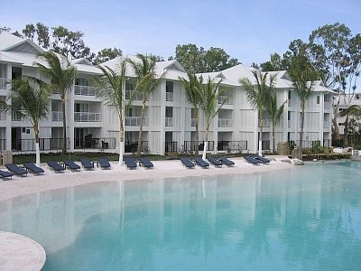 5 star Beach Club Resort & Spa perfectly situated in Port Douglas...  http://www.homeaway.com.au/holiday-rental/p402336088 #homeawayau #australia