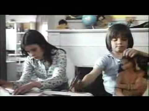 Jeanette, 'Porque te vas',   Scene in Carlos Saura's film 'Cría Cuervos', Korppi sylissä, 1976