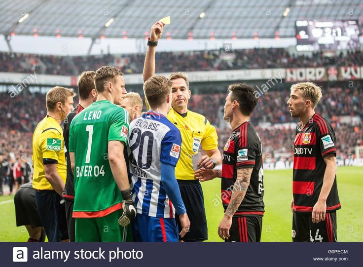 Download this stock image: Leverkusen, Germany. 30th Apr, 2016. Referee Tobias Stieler (C) shows Hertha's Mitchell Weiser (4-R) the yellow card during the German Bundesliga soccer match between Bayer 04 Leverkusen and Hertha BSC at the BayArena in Leverkusen, Germany, 30 April 2016. Photo: MAJA HITIJ/dpa/Alamy Live News - G0PECM from Alamy's library of millions of high resolution stock photos, illustrations and vectors.