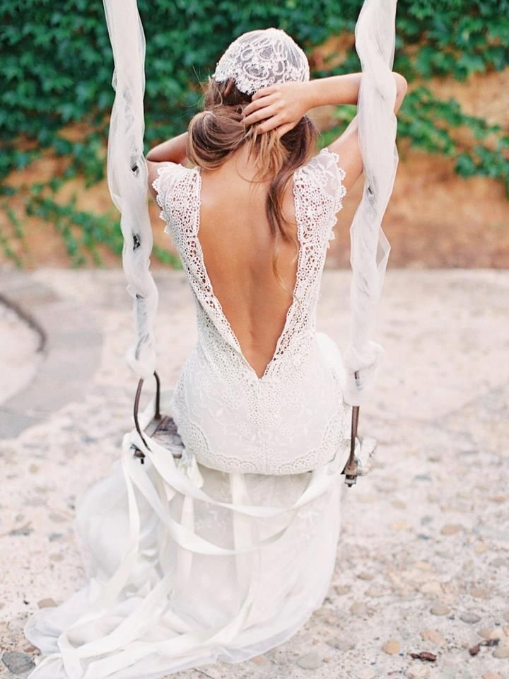 Thick laced straps, low back v. I just like this photo. I think I will take photos like this on a swing