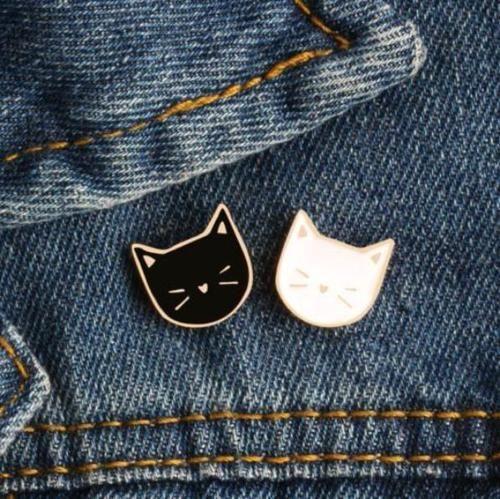 Cat Enamel Pin (Black or White) - Cat Lovers Australia