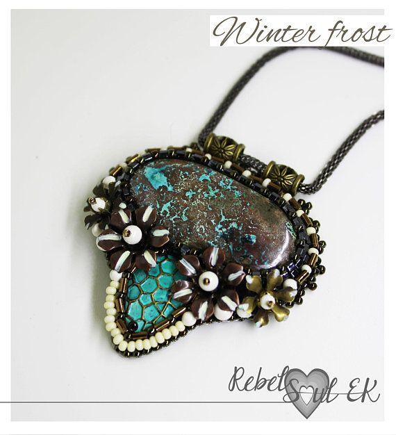 Azurite stone embroidery pendant turquoise color stone